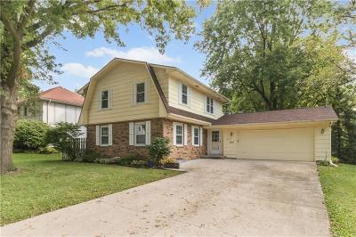 West Des Moines Single Family Home For Sale: 527 34th Place