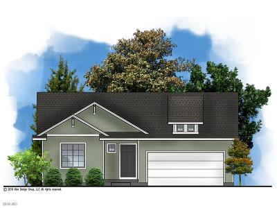 Elkhart Single Family Home For Sale: 208 NE Monroe Avenue