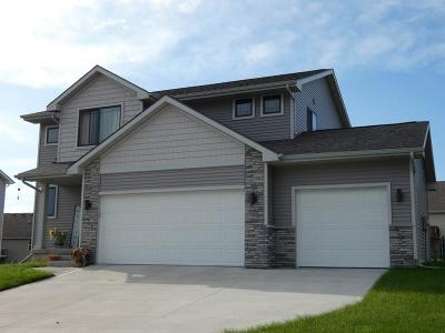 Norwalk Single Family Home For Sale: 214 Braeburn Drive