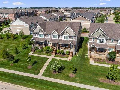 West Des Moines Condo/Townhouse For Sale: 6373 Wistful Vista Drive
