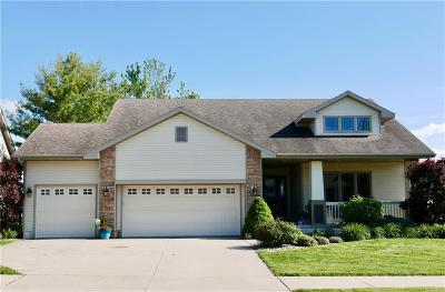 Norwalk Single Family Home For Sale: 520 Turnberry Drive