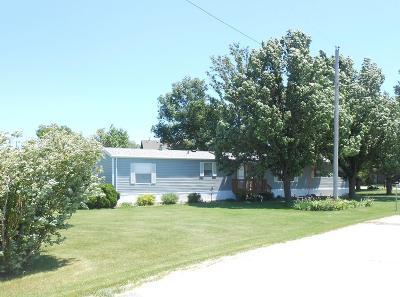Otho Single Family Home Pending W/Contingencies: 513 Railroad Street