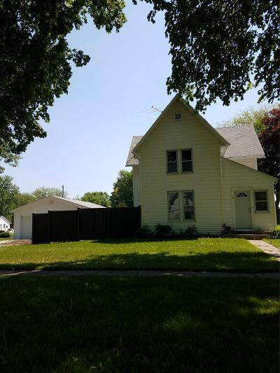 Lohrville Single Family Home For Sale: 407 Oak St