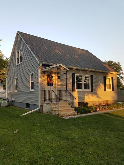 Calhoun County Single Family Home Pending W/Contingencies: 1011 10th Street