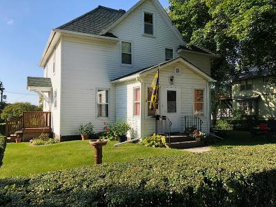 Dayton Single Family Home Pending W/Contingencies: 105 1st Ave SW