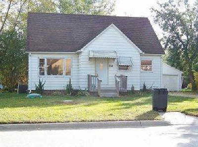 Manson IA Single Family Home For Sale: $65,500