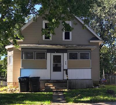 Calhoun County, Hamilton County, Humboldt County, Webster County Single Family Home For Sale: 484 N 2nd Street