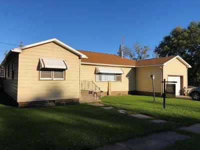 Dayton Single Family Home For Sale: 28 1st Street SW