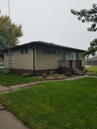 Rockwell City IA Single Family Home Pending W/Contingencies: $65,000