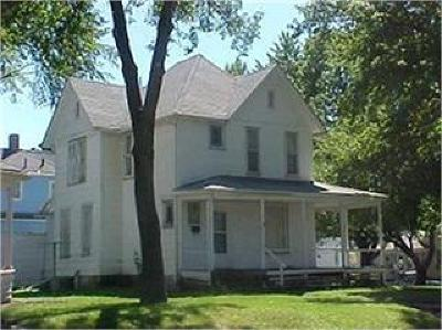Webster County Single Family Home For Sale: 1403 2nd Ave N