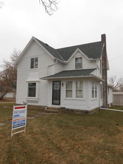 Manson IA Single Family Home For Sale: $51,900