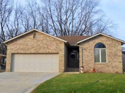 Fort Dodge Single Family Home Pending W/Contingencies: 1432 North 19th Street
