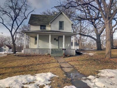 Webster City Single Family Home For Sale: 201 Dubuque St East