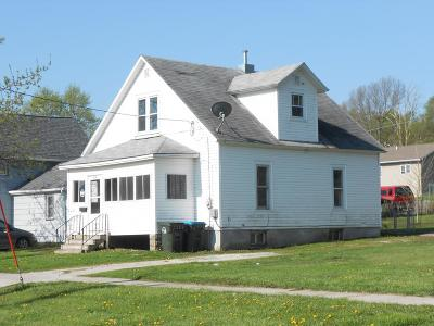 Calhoun County, Hamilton County, Humboldt County, Webster County Single Family Home For Sale: 214 2nd Street N.w.
