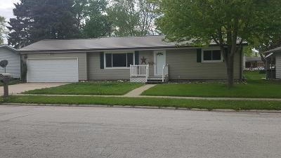 Webster City Single Family Home Pending W/Contingencies: 108 Southfield Dr.