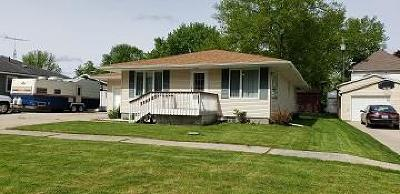 Calhoun County, Hamilton County, Humboldt County, Webster County Single Family Home For Sale: 1224 13th St.