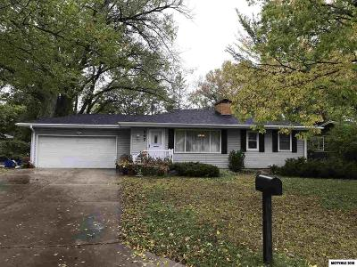 Mason City Single Family Home For Sale: 347 Willowbrook Dr