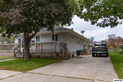 Mason City Single Family Home For Sale: 1042 1st NE