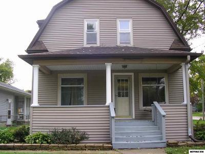 Mason City Single Family Home For Sale: 503 14th SE