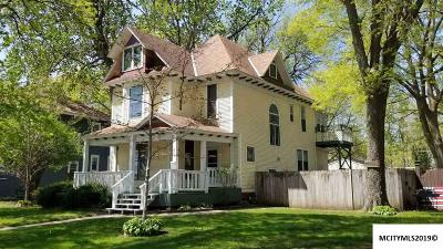Mason City Single Family Home For Sale: 510 N Washington