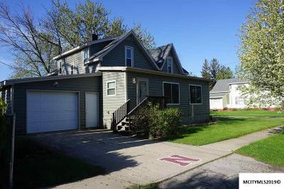 Rockwell Single Family Home For Sale: 102 E Main St