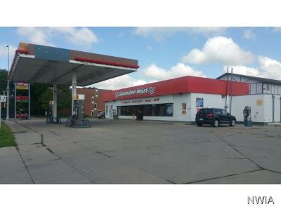 Commercial For Sale: 802 E Cherry
