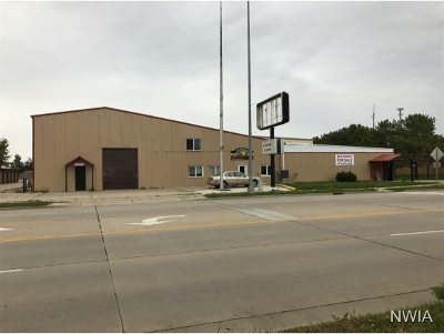 Commercial For Sale: 1322 E Cherry