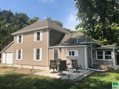 Single Family Home For Sale: 47936 332nd Street