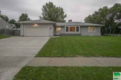 Single Family Home For Sale: 4415 5th Ave