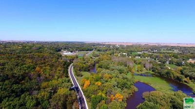 Residential Lots & Land For Sale: 2660 Sierra Avenue