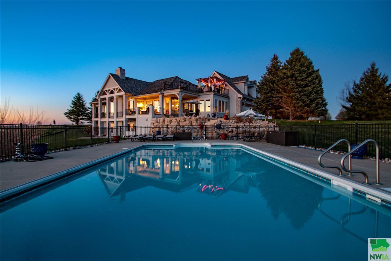 4500 Stoneridge Pt, Sioux City, IA | MLS# 804656 | Sioux