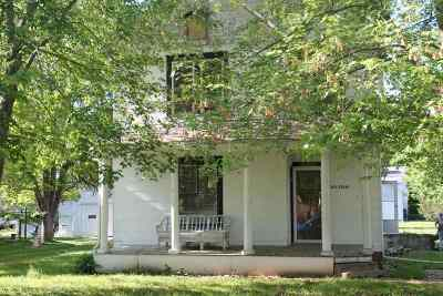 Lone Tree Single Family Home For Sale: 301 E Elm St