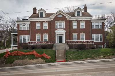 Iowa City Condo/Townhouse For Sale: 730 N Dubuque St.