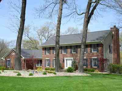 Cedar Rapids Single Family Home For Sale: 4958 Autumn Drive