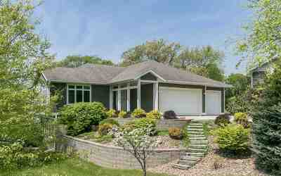 Iowa City IA Single Family Home For Sale: $475,000