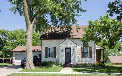 West Branch Single Family Home For Sale: 207 W Orange St.
