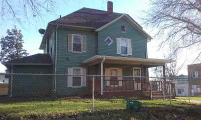 West Liberty Single Family Home For Sale: 316 N Spencer Street
