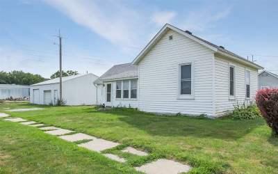 Washington Single Family Home For Sale: 421 N Ave C