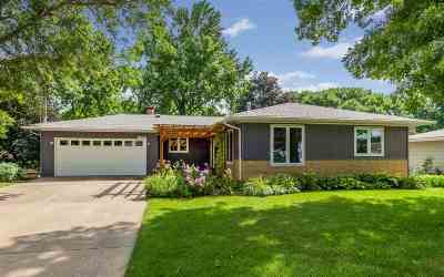 Coralville Single Family Home For Sale: 1606 13th St