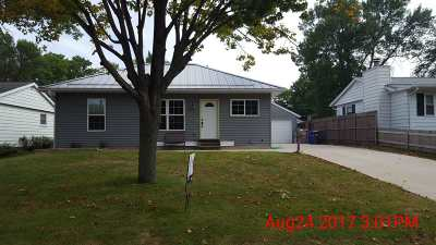 Cedar Rapids Single Family Home New: 725 NE Danbury St