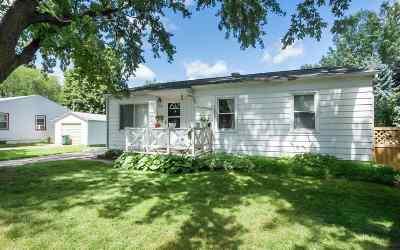 Iowa City IA Single Family Home For Sale: $144,900