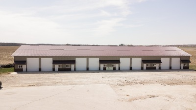 Kalona IA Commercial For Sale: $225,000