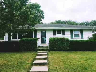 Cedar Rapids Single Family Home For Sale: 2903 B Ave NW