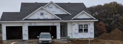 Iowa City Single Family Home For Sale: 4922 Preston Ln