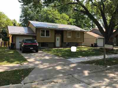 Iowa City Single Family Home For Sale: 58 Regal Lane