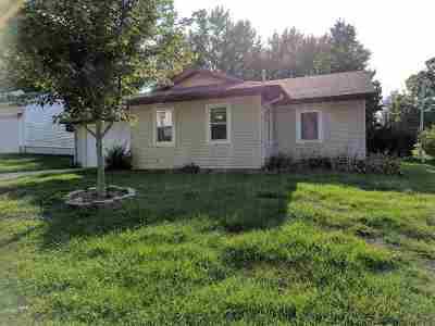 Victor IA Single Family Home New: $60,000
