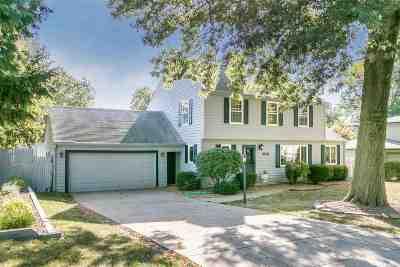 Iowa City Single Family Home For Sale: 206 Mahaska Drive