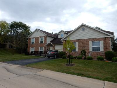 Cedar Rapids Condo/Townhouse For Sale: 4615 NE Westchester Dr #B