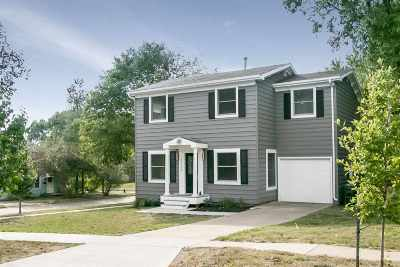 Iowa City Single Family Home For Sale: 1135 Howell St