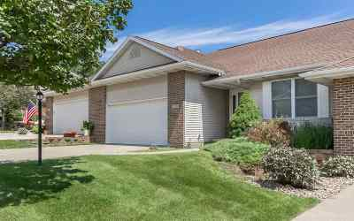 Coralville Condo/Townhouse For Sale: 2259 Grantview Dr